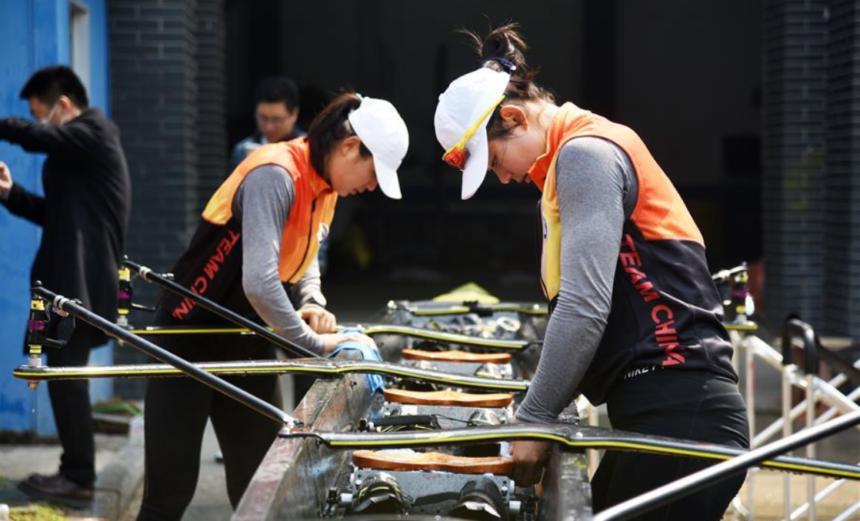 FOTO | Sportivii chinezi au reluat antrenamentele. Se pregătesc fără mască
