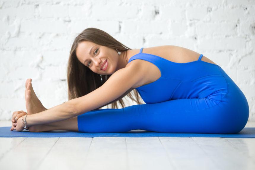 Combate durerile de spate. Cum îți relaxezi coloana după câteva ore petrecute la calculator
