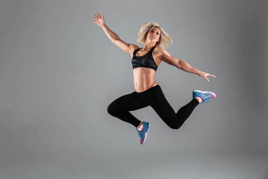 Modelează-ți corpul! Cinci exerciții în cinci minute