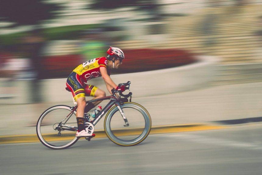 Cât de mult vă asemănați cu un ciclist de Turul Franței?