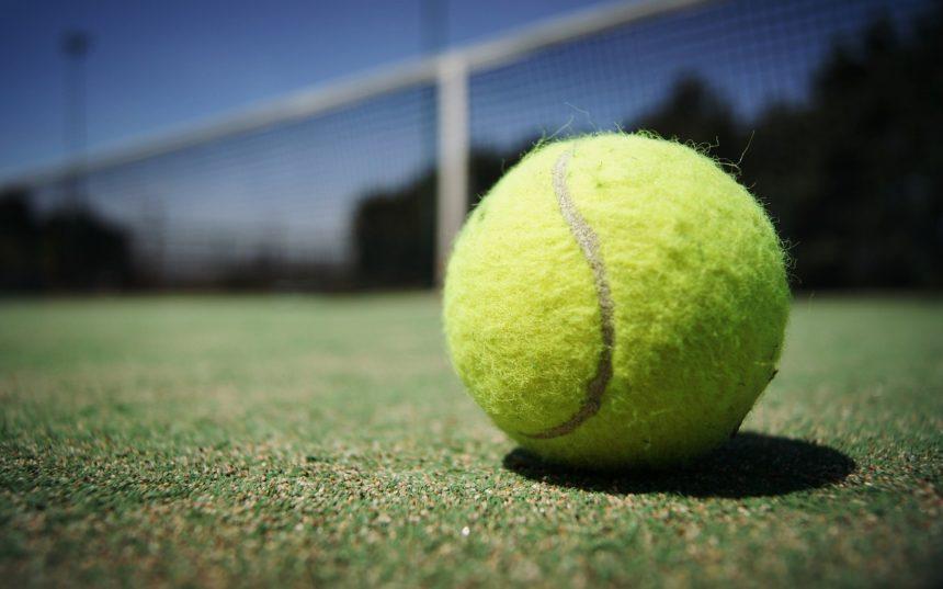"""""""Sportul alb"""" trebuie să devină impecabil. În ce condiții se pot face antrenamente la tenis"""