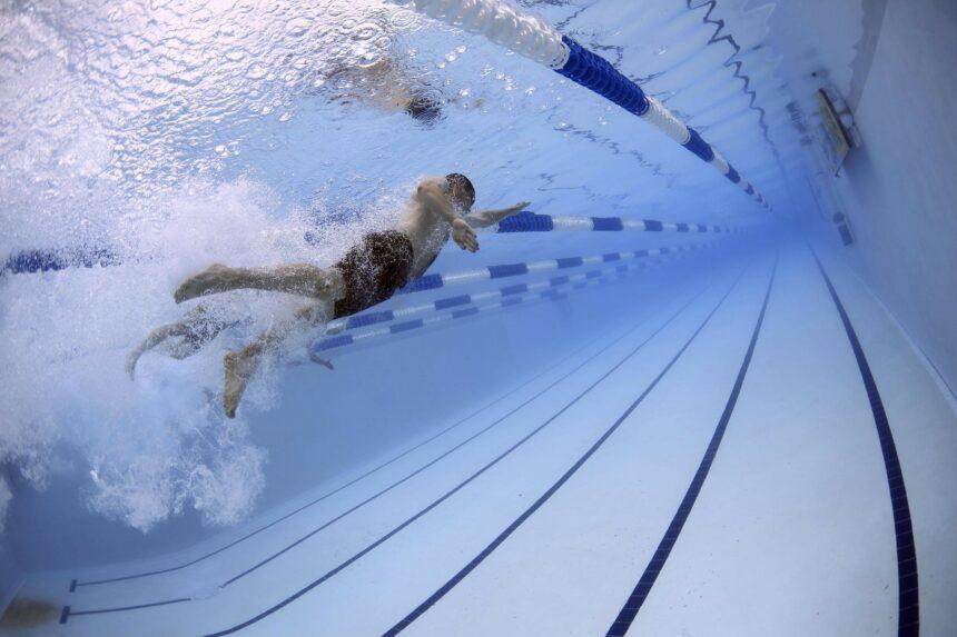Top 7 alimente interzise înainte de înot