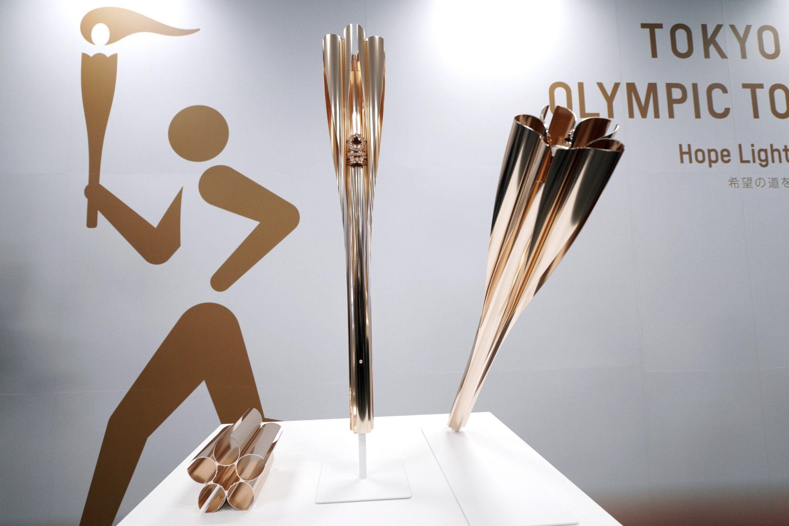Ştafeta flăcării olimpice debutează fără spectatori, din cauza pandemiei de COVID-19